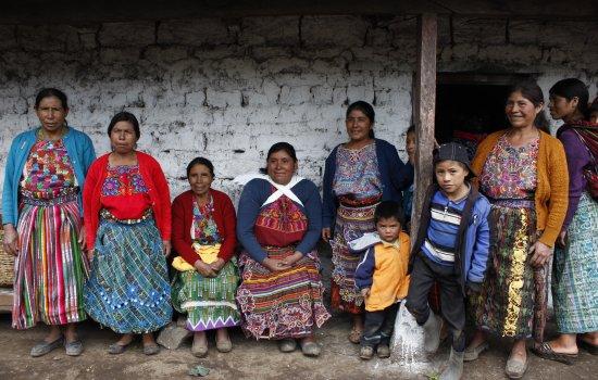 Groupe de femmes qui produit ses emences, Comitancillo, région San Marcos, Guatemala, pgm oecuménique, partenaire AMMID